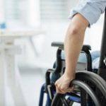 ACS pour les bénéficiaires de l'AAH et de l'ASPA : Quels sont leurs droits à l'aide à la santé ?
